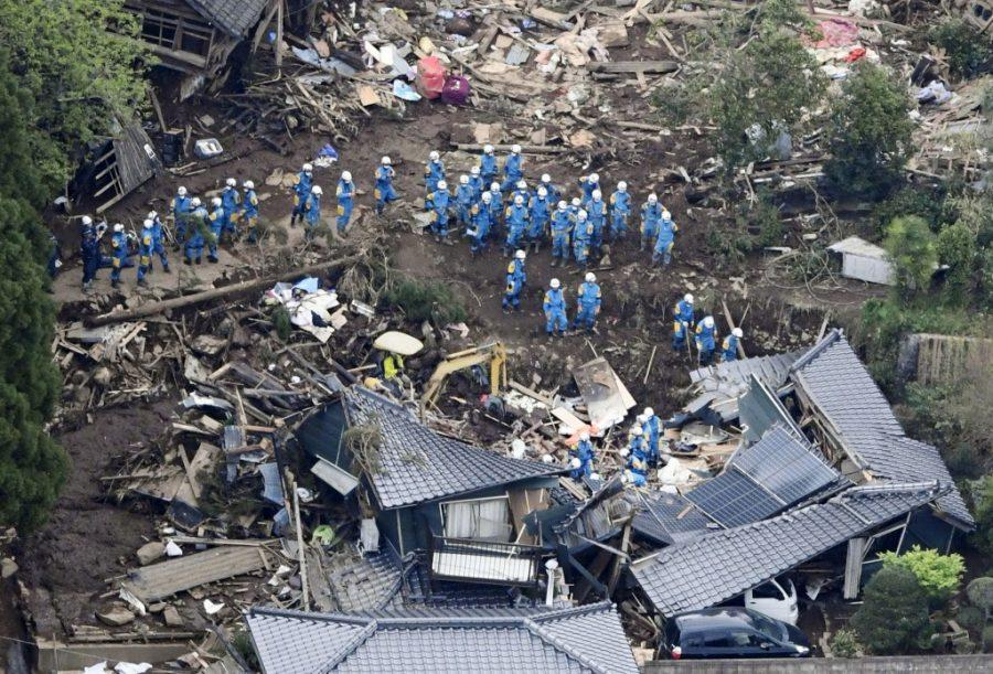 Several earthquakes hit Japan, results in 40 fatalities and 1000 injured