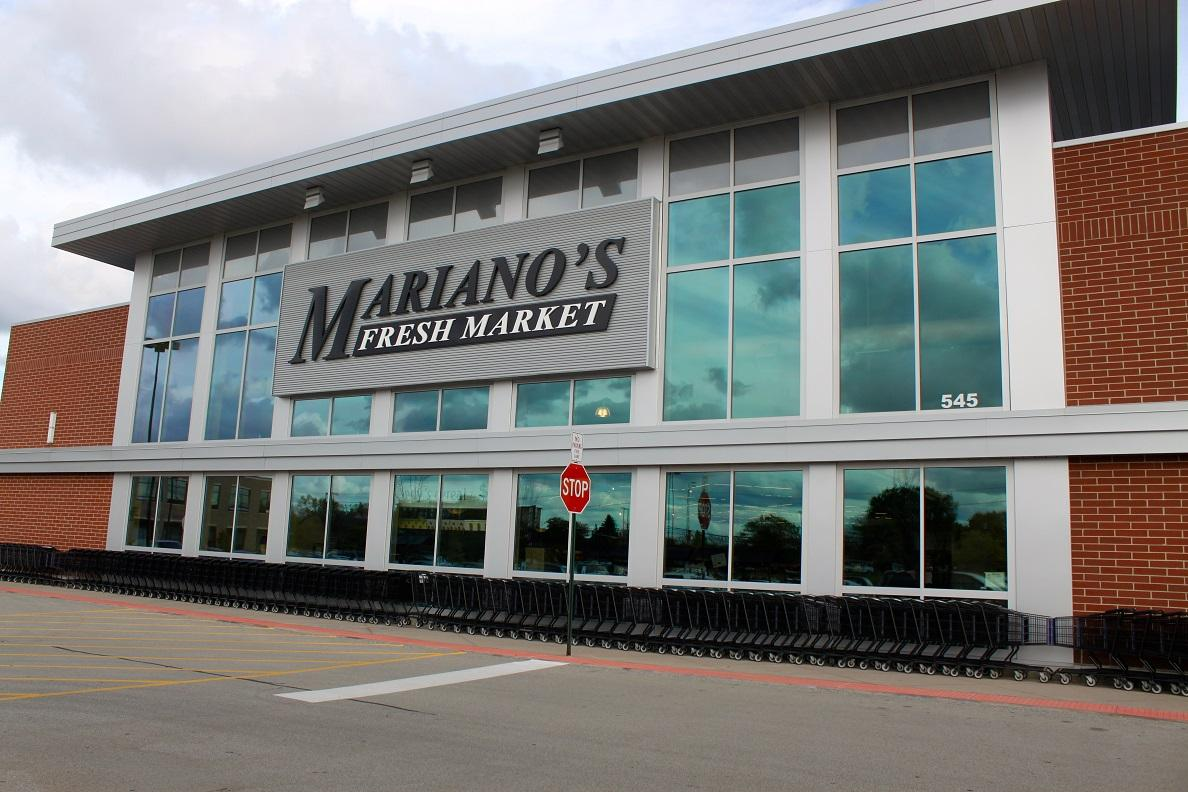Mariano's stands as one of the many organic food markets under scrutiny (Photo Courtesy: Rucha Patel).