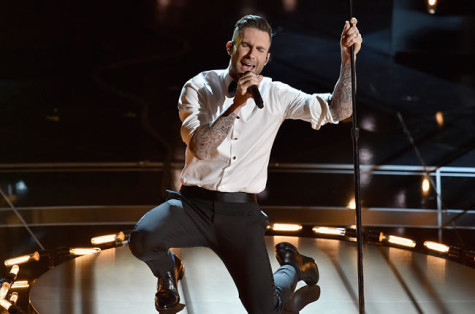 oscars-2015-adam-levine-2-performance-billboard-650