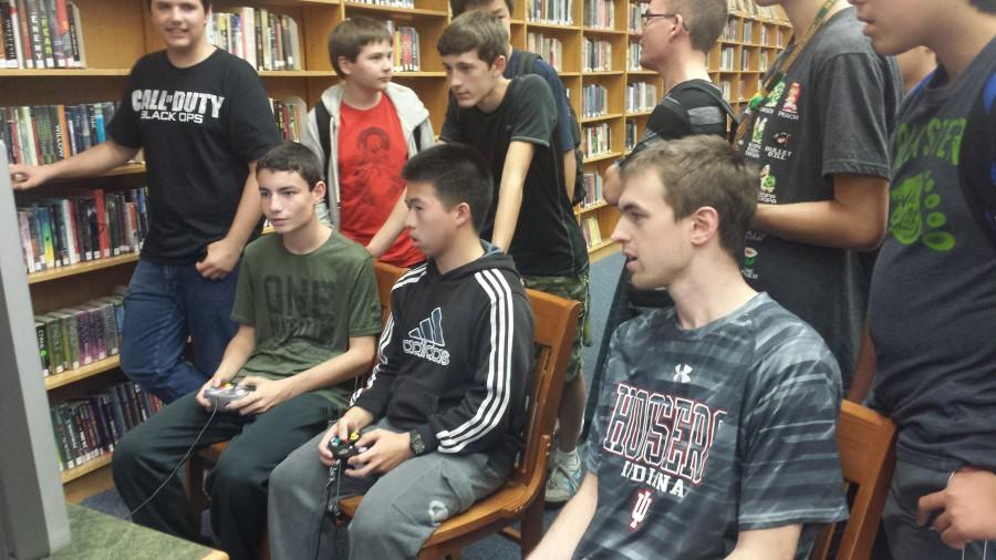 (Logue photo by Eugene Kim) Students take advantage of new gaming opportunities in Fremd's library.