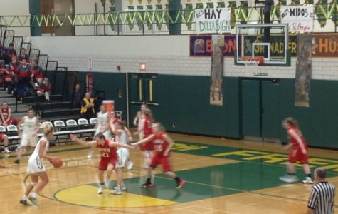 Girls basketball dominates in Senior Night blowout against Barrington