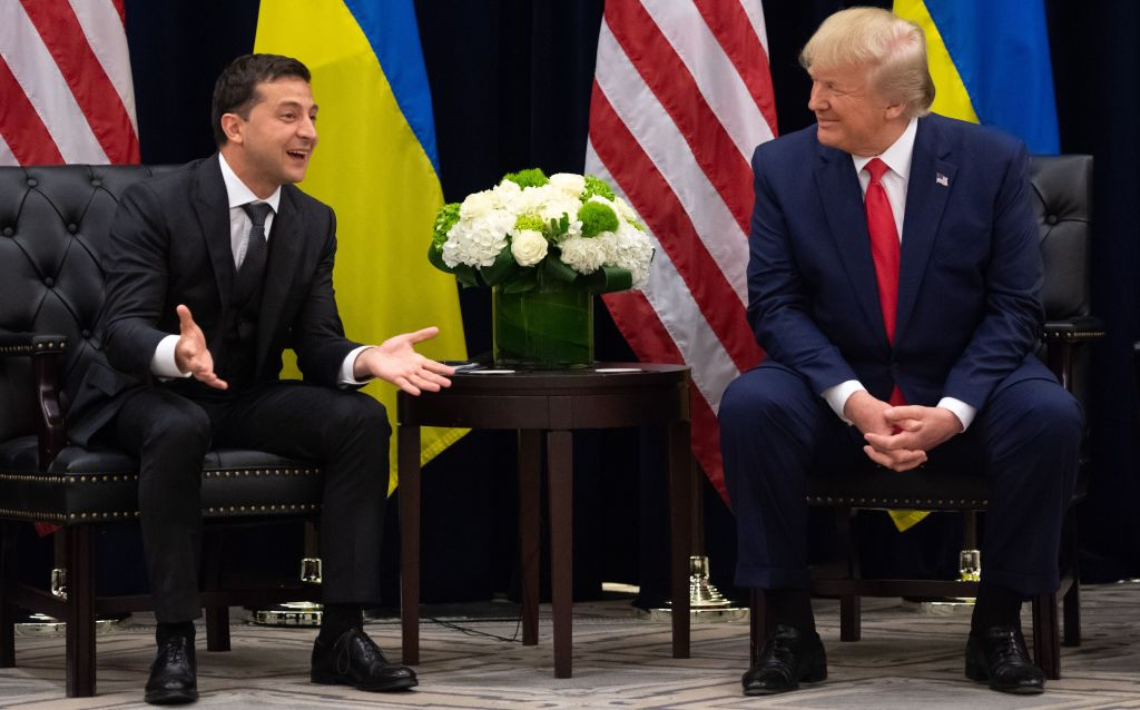 US President Donald Trump and Ukrainian President Volodymyr Zelensky meet in New York on September 25, 2019, on the sidelines of the United Nations General Assembly. (Photo by SAUL LOEB / AFP)        (Photo credit should read SAUL LOEB/AFP/Getty Images)