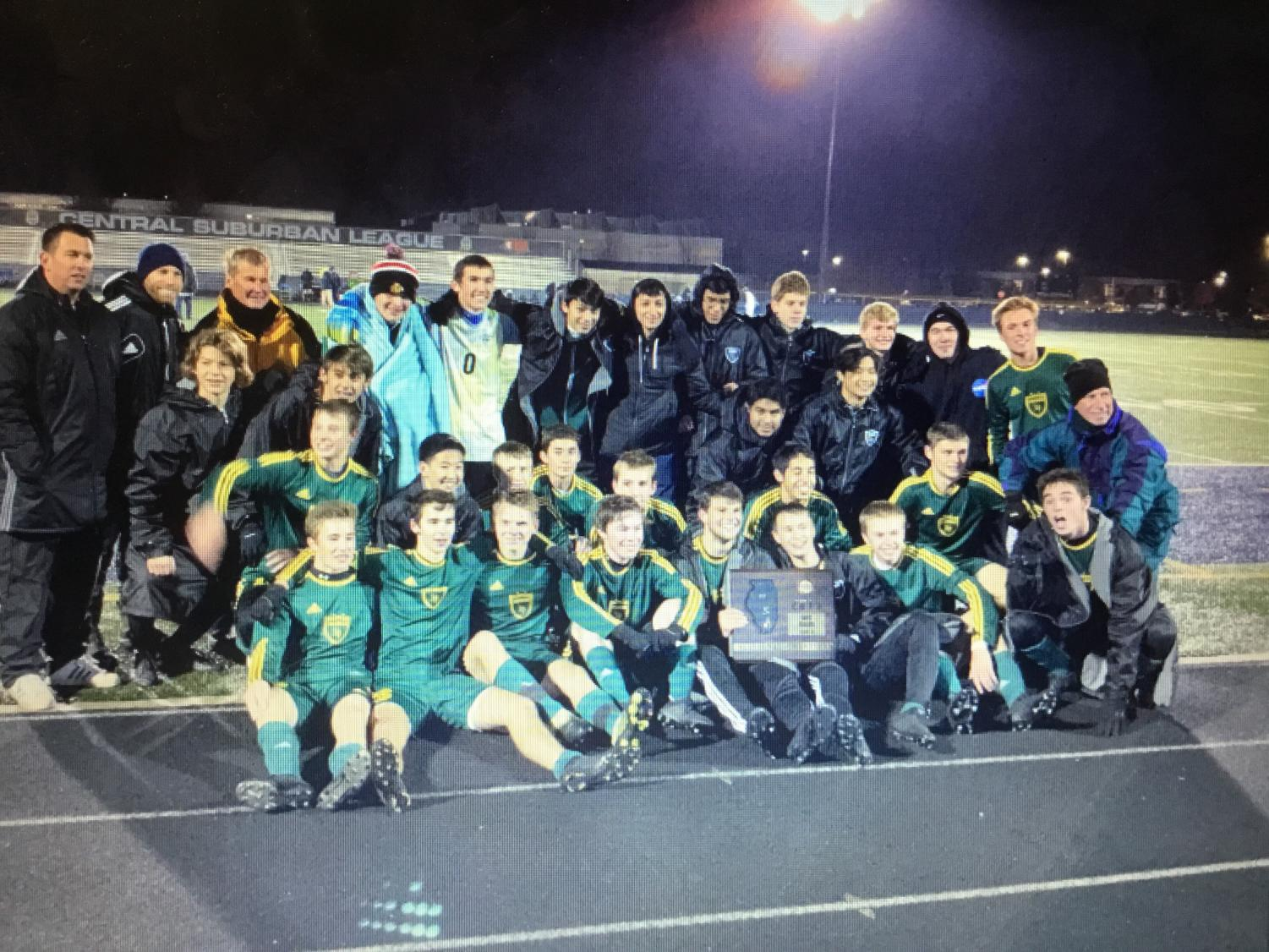 Fremd boys soccer team after defeating Warren to win the Sectional Championship